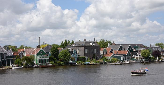 死ぬまでに行きたい世界の絶景!オランダ風車村ザーンセ・スカンス写真アップ!_e0171573_10186.jpg