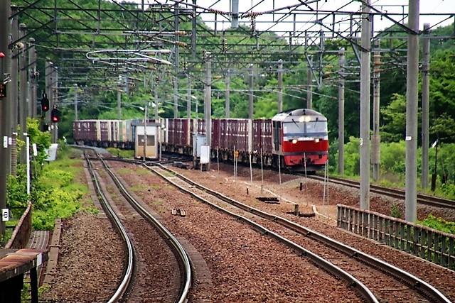 藤田八束の鉄道写真@貨物列車の写真、北海道、東北、関東、山陽、九州を走る_d0181492_08161711.jpg
