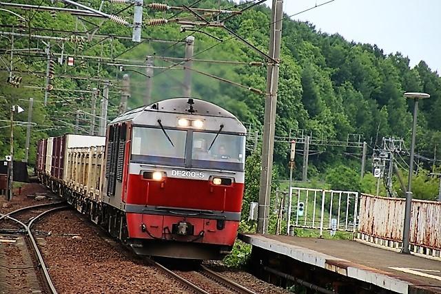 藤田八束の鉄道写真@貨物列車の写真、北海道、東北、関東、山陽、九州を走る_d0181492_08481838.jpg