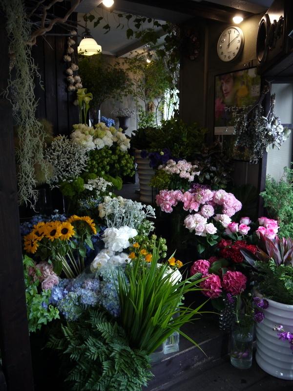 2016/06/10のmeLL flowers店内。_b0171193_20165591.jpg