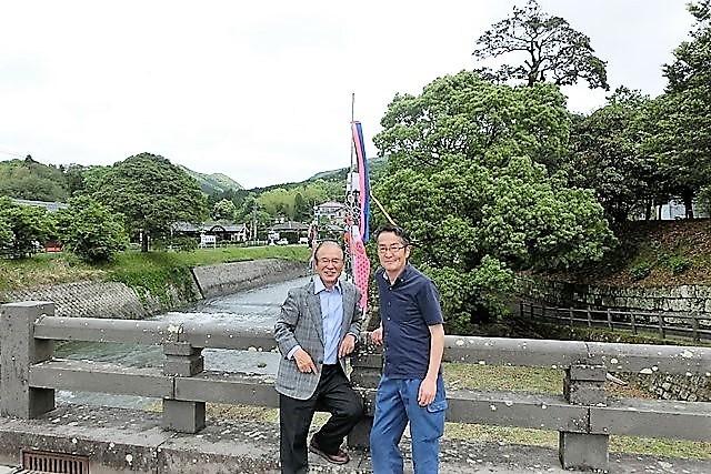 鹿児島県南九州市・・・知覧町に超美味しすぎるスイカを発見、その名は「ねたろう」・・・松山先生美味しかったです。感動的美味しさに感謝します_d0181492_07423522.jpg
