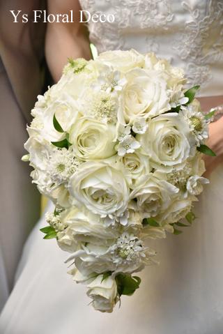 白グリーンのティアドロップブーケ & サプライズ花束 二次会へ_b0113510_16355438.jpg