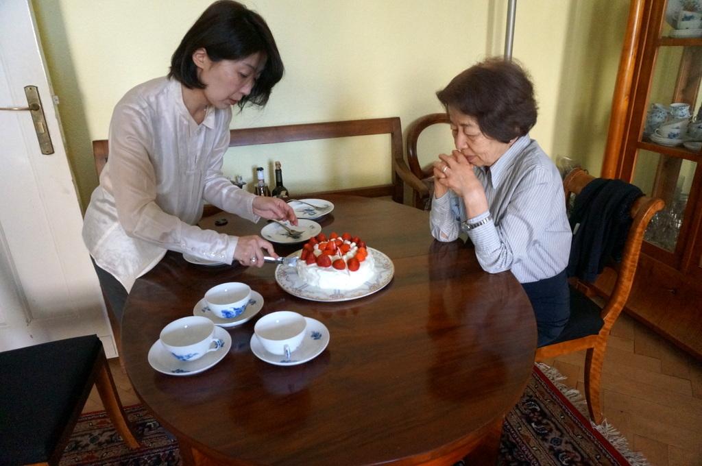6月3日は母の誕生日でした。_c0180686_03120722.jpg