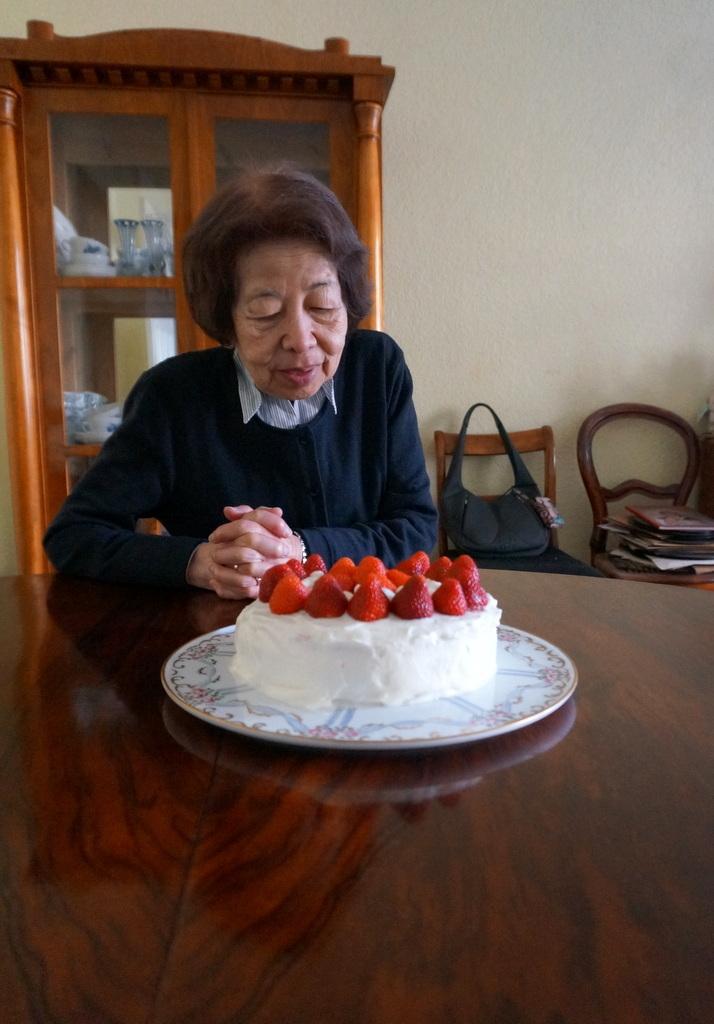 6月3日は母の誕生日でした。_c0180686_03121631.jpg