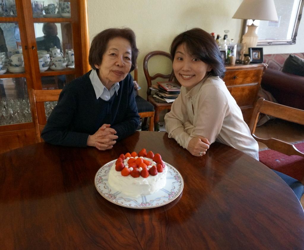 6月3日は母の誕生日でした。_c0180686_03122470.jpg