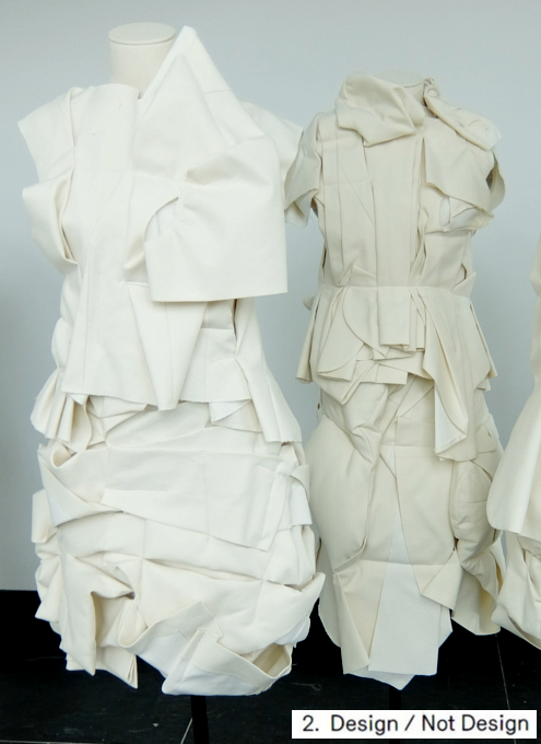 Kawakubo's collections: 1. Absence/Presence; 2. Design/Not Design_b0007805_0172021.jpg