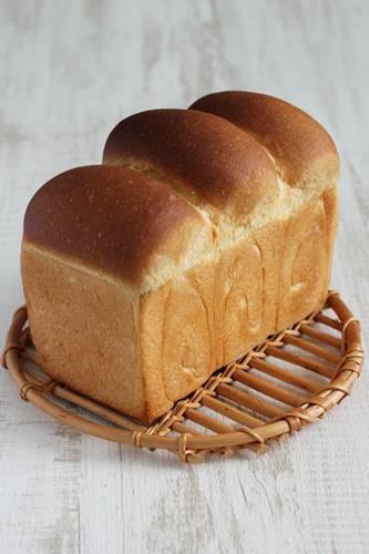 生イーストで食パン!生イーストってスゴい_a0165538_08034288.jpg