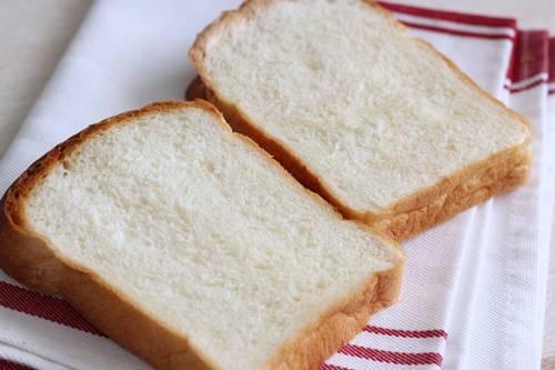 生イーストで食パン!生イーストってスゴい_a0165538_08035247.jpg