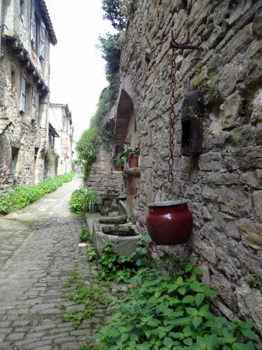 フランスの最も美しい村・・・コルド・シュル・シェルから_e0129400_10222534.jpg