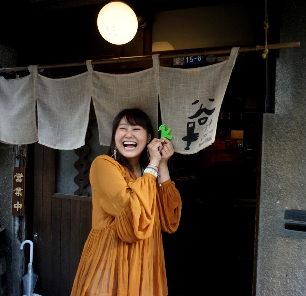 東京Vol.3 (2016年春)上野桜木「あたり」_c0180686_03093800.jpg