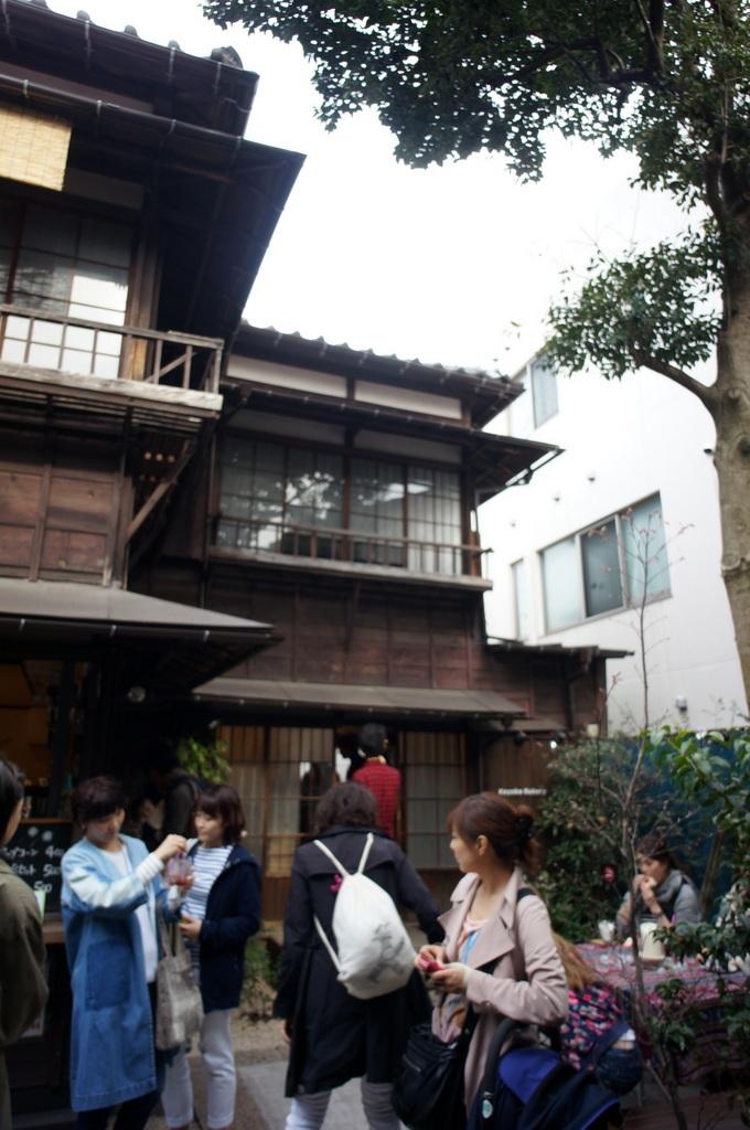 東京Vol.3 (2016年春)上野桜木「あたり」_c0180686_03112090.jpg
