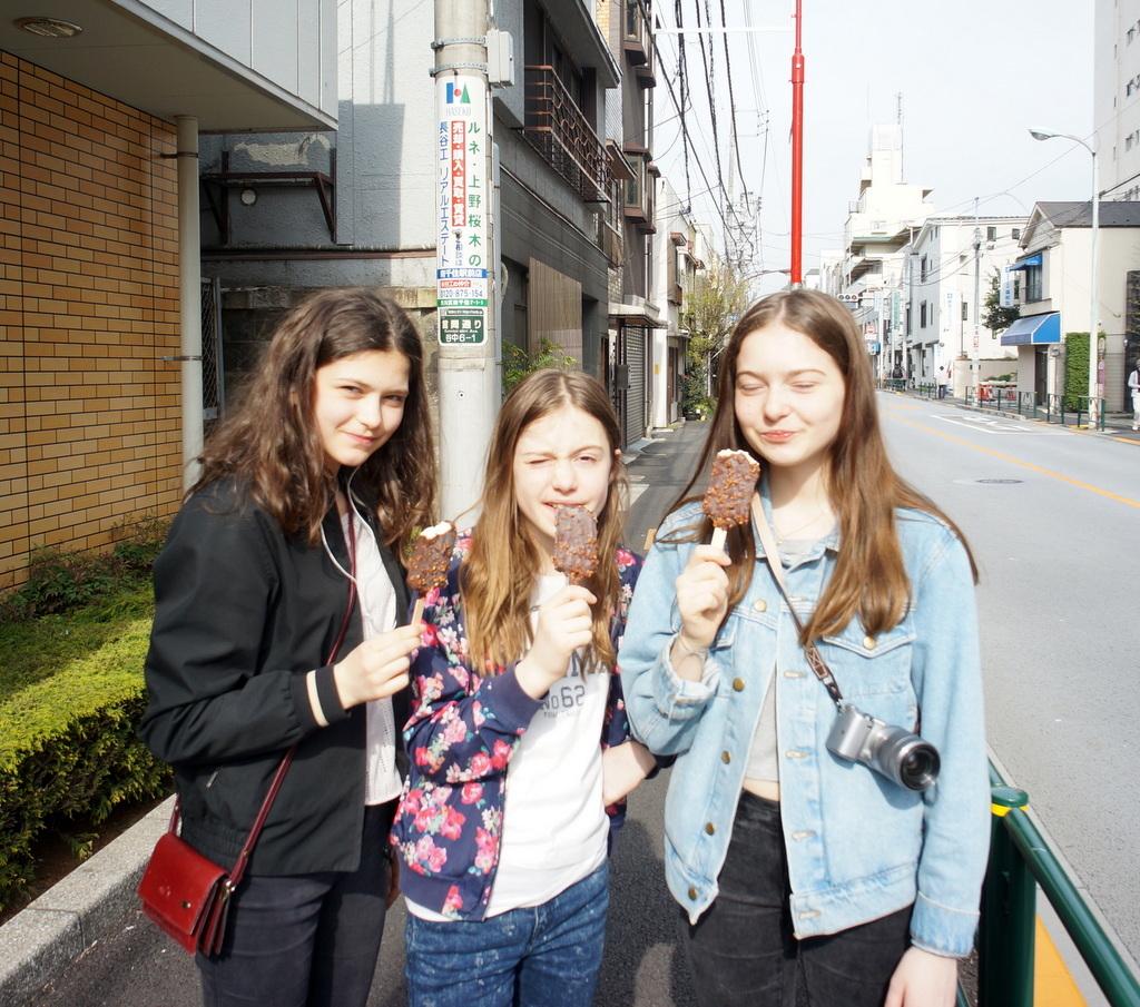 東京Vol.3 (2016年春)上野桜木「あたり」_c0180686_03114532.jpg