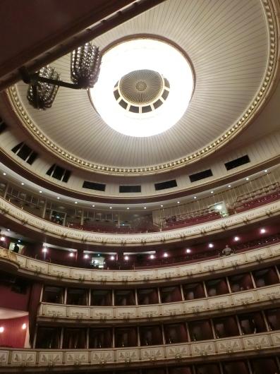 ウィーン WIEN  ~ 【仮面舞踏会】ウィーンオペラ座 ~_e0303431_18421860.jpg