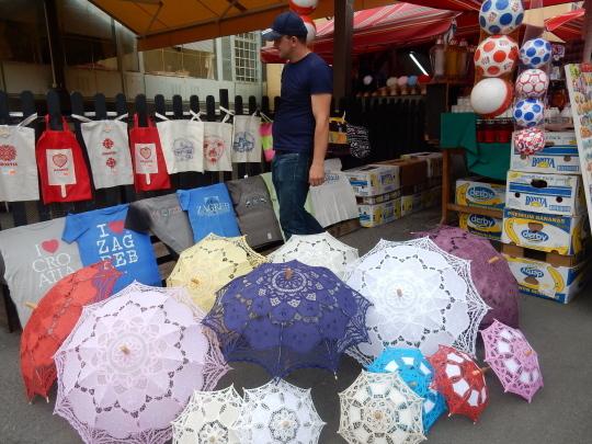 '17,6,18(日)空梅雨とザグレブの青果市場⑮!_f0060461_10475338.jpg