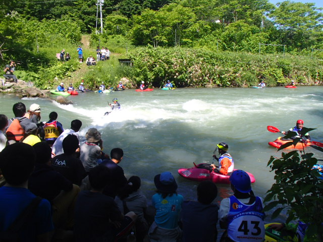 北海道のカヌーレース_d0198793_1054625.jpg