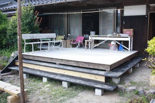 クローゼット作り 棚作り デッキ階段作り_f0208315_00382742.jpg