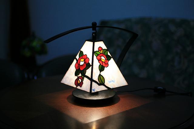 過去作より 椿の小ランプ _a0278866_23305814.jpg