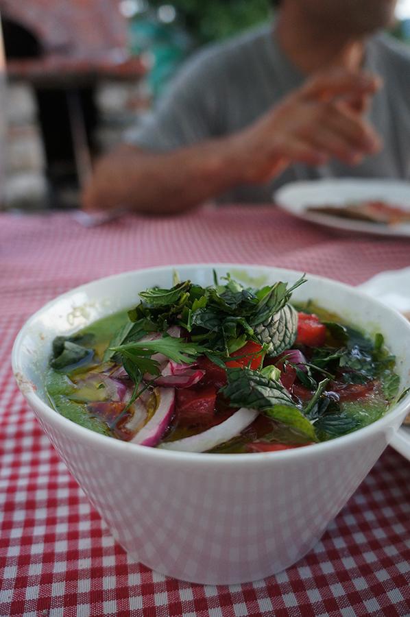 我が家の「元気が出るスープ」畑の野菜のガスパチョ_f0106597_07090134.jpg