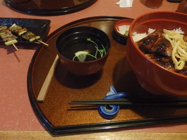 熊本市内にある庶民的な鰻屋_f0337554_12562732.jpg