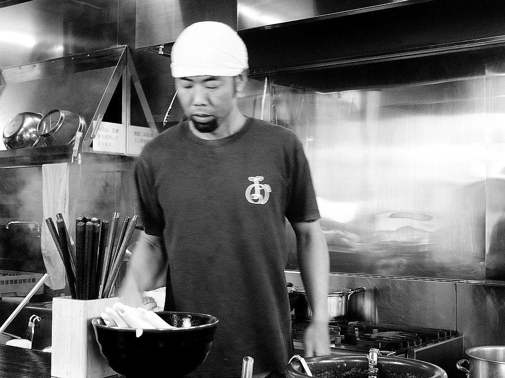 榛原郡吉田町「よかたい吉田店」で〇よ全部乗せ_e0220163_13053621.jpg