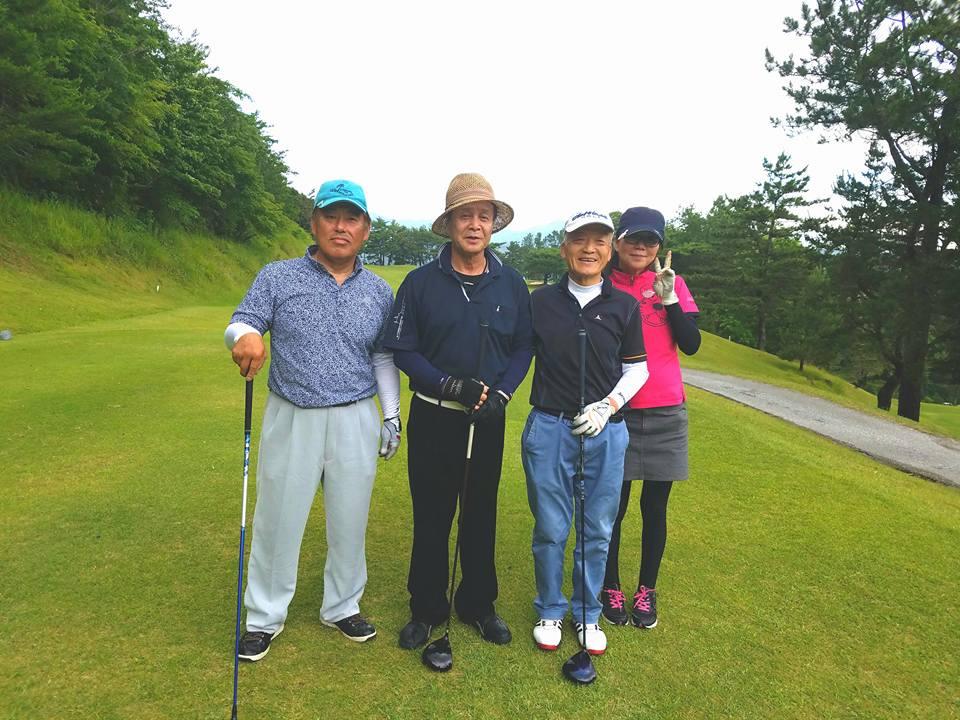 吉川社長の記念コンペと祝賀会に御祝いに駆け付けました。_c0186691_940492.jpg