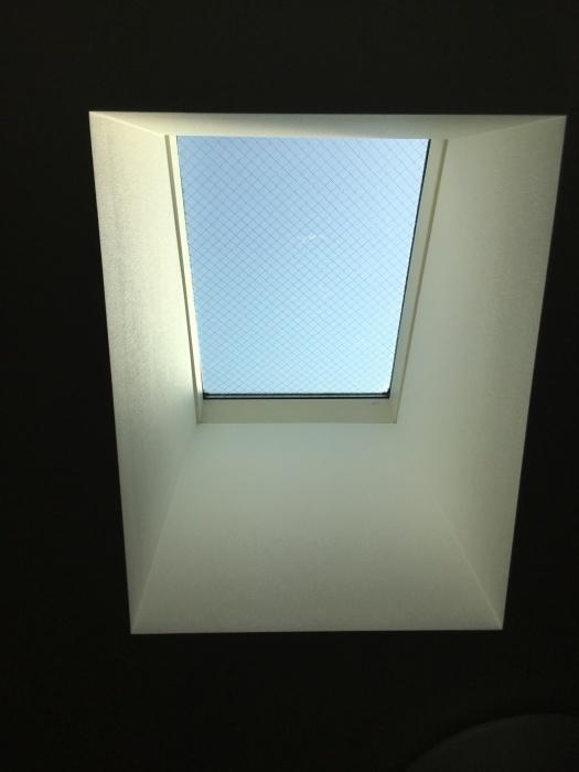 タチカワロールスクリーン トップライト 天窓 傾斜窓_e0243413_17323096.jpg