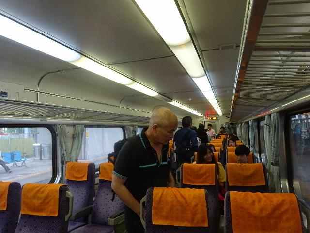 シニヤの台湾高雄一人旅、中国語しゃべれなくとも大丈夫!_b0222066_15594837.jpg