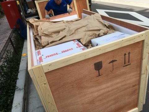 イギリスより荷物が入荷して来ました_a0047010_16234896.jpg