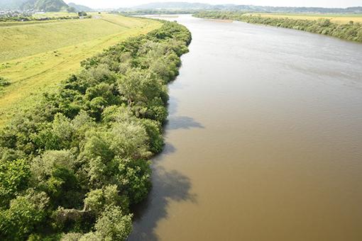 北上川を眺めていた_b0259218_01534060.jpg