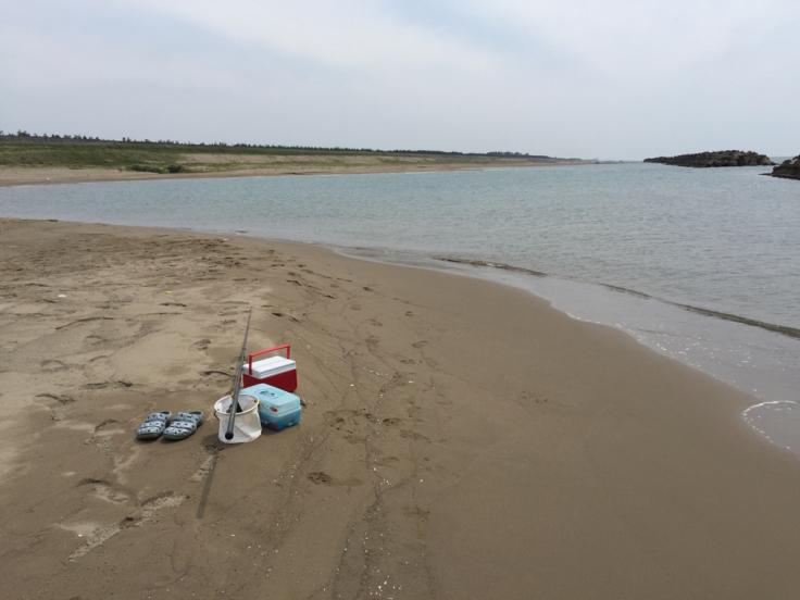 海辺でキスする男_c0113733_02483406.jpg