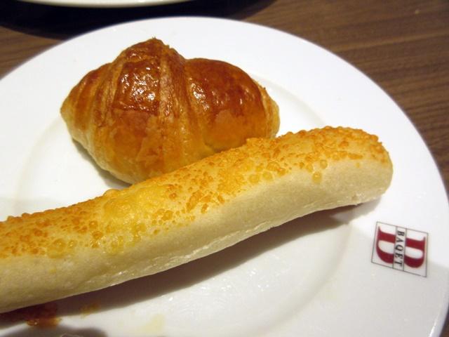 【BAQET】プレミアムハンバーグとパン食べ放題_b0009849_16544476.jpg