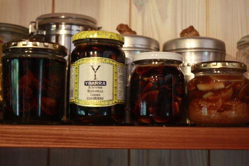 にんにく醤油漬け にんにく蜂蜜漬け らっきょう漬け うめ味噌_f0208315_20354807.jpg