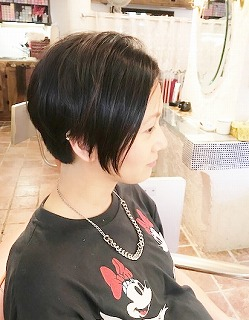 サロンドムー☆スタッフ店内風景_a0123703_13451921.jpg
