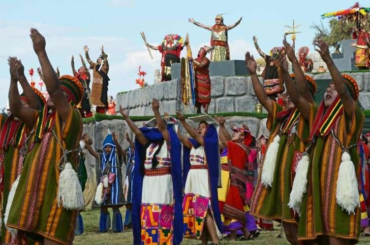 インカ帝国の儀式「インティ・ライミ」を再現、ペルー・クスコ _b0064113_16557.jpg