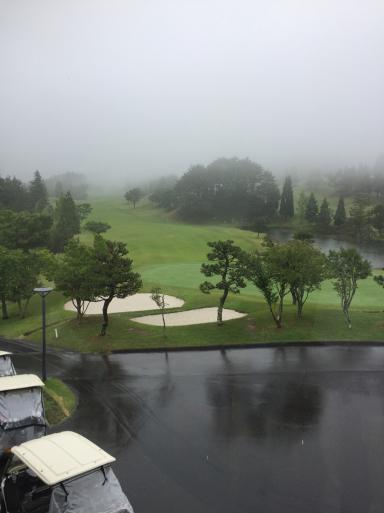 雨の日のゴルフ_c0223630_00030717.jpg