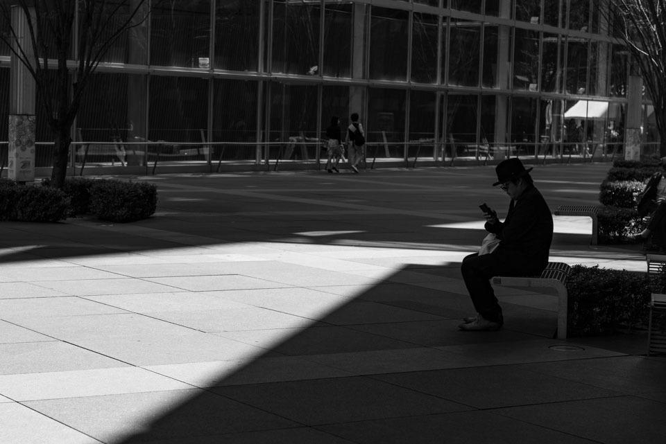 Shadow   ・・・影を作る光・・・_f0333031_04532356.jpg