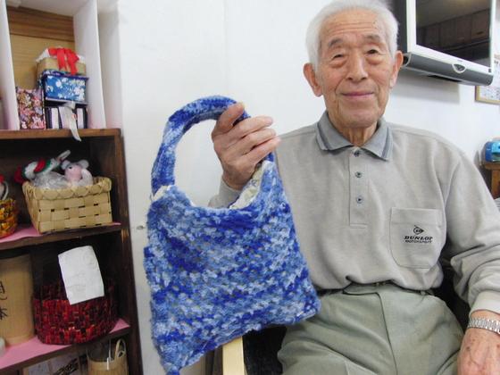編みもの & 裁縫 ~ 模様編みの手提げバック ~_e0222340_1531551.jpg