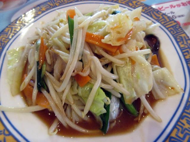 【バーミヤン】野菜炒めと餃子_b0009849_16124527.jpg
