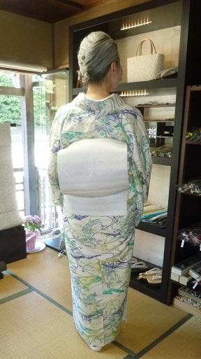 染結城紬単衣+まいづる羅紗織袋帯+加藤萬絞り帯揚_f0181251_1914345.jpg