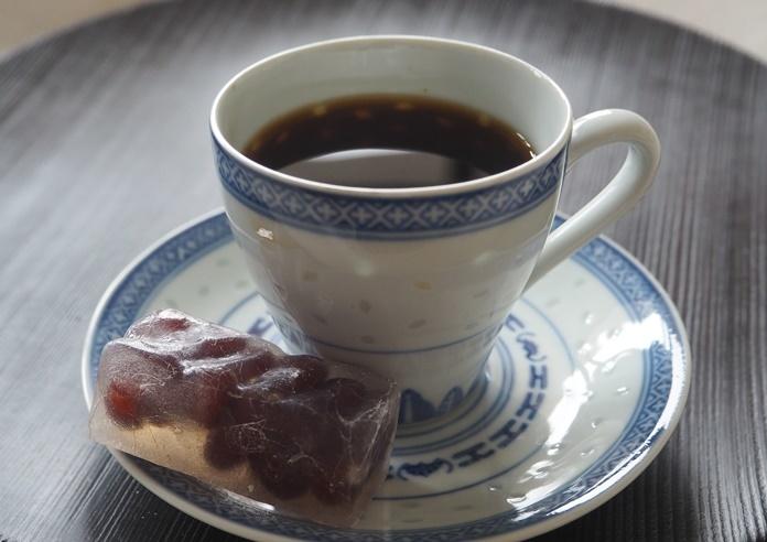コーヒーとお菓子で一休み_e0148373_22194688.jpg