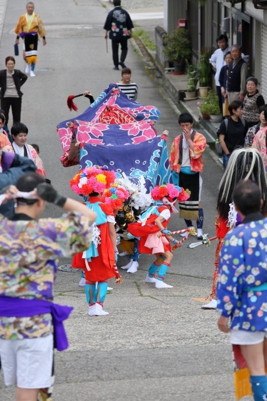 六渡寺の獅子舞 その1_c0196076_16013199.jpg