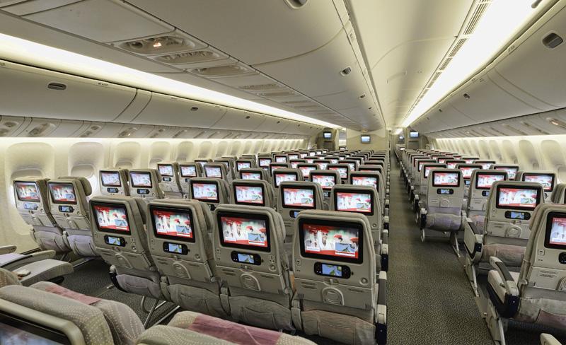ドバイ発 エミレーツ航空で心に残るバースデイフライトを体験_b0053082_23304539.jpg