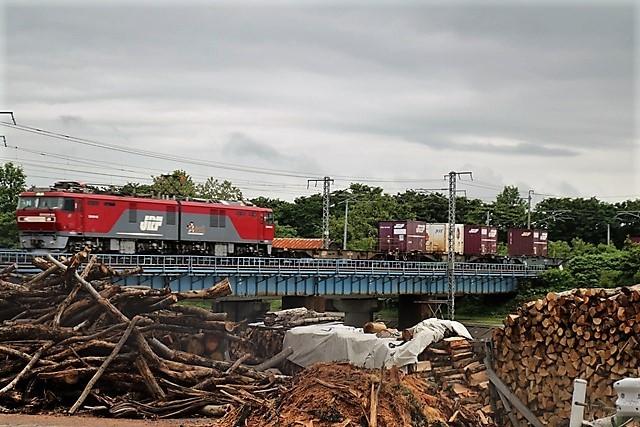 藤田八束の鉄道写真@貨物列車の写真、北海道、東北、関東、山陽、九州を走る_d0181492_00130716.jpg