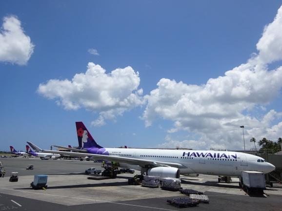 ハワイ2017 その16 空港ラウンジと機内食_e0230011_17033525.jpg