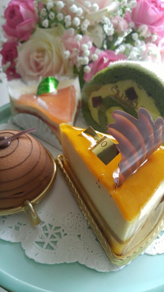 誕生日のケーキプレゼント_c0124528_19125278.jpg