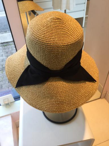 美人顔の帽子_c0223630_19001115.jpg