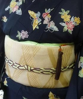 東京からのお客様・夏の小紋+博多八寸+藤岡組紐。_f0181251_1935328.jpg