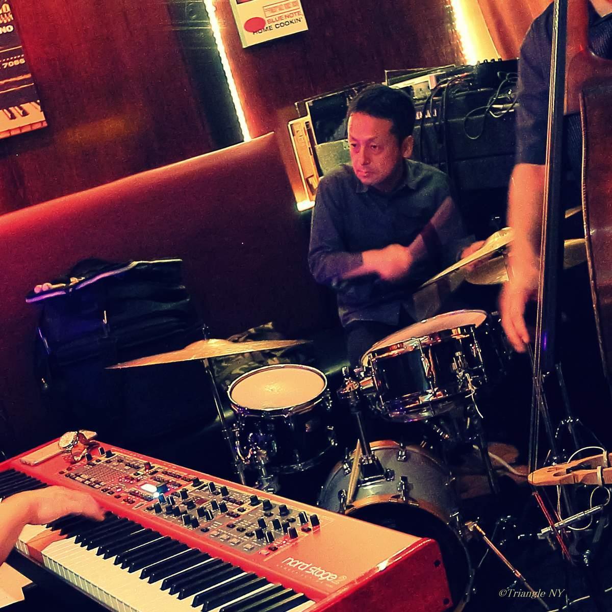 Takeshi Asai Trio @  B♭TriBeCa 6/24/17_a0274805_22390907.jpg
