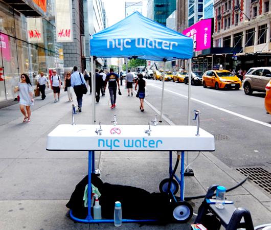 NY市の無料の水飲み場プログラム(Water-On-the-Go)から生じる社会的な意識改革_b0007805_6565728.jpg