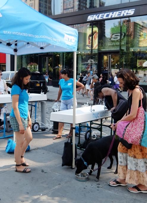NY市の無料の水飲み場プログラム(Water-On-the-Go)から生じる社会的な意識改革_b0007805_7125983.jpg